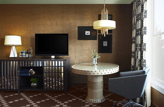 Kimpton RiverPlace Hotel  Guestroom. Guestroom   Picture of Kimpton RiverPlace Hotel  Portland