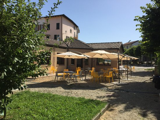 Fontanile, Italia: Ca' del Fos nell'estate..