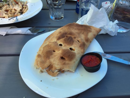 Gore Bay, Canada: the panzerotti