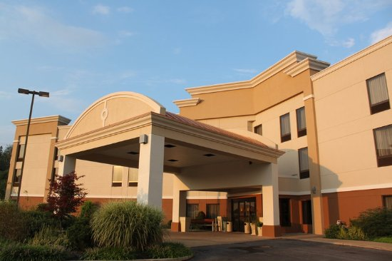 Holiday Inn Express-New Columbia Entrance