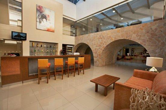 Fiesta Inn San Cristobal de las Casas: Lobby Bar