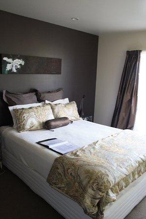 Tairua, New Zealand: Queen Bed