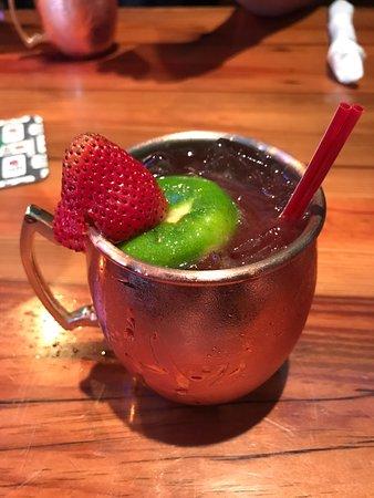 Miller's Ale House : Strawberry Mojito