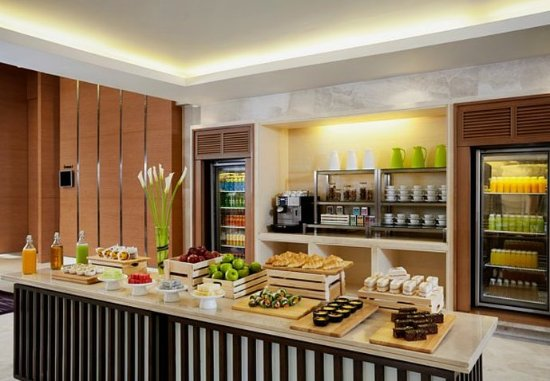 Courtyard by Marriott Bangkok: Coffee Break