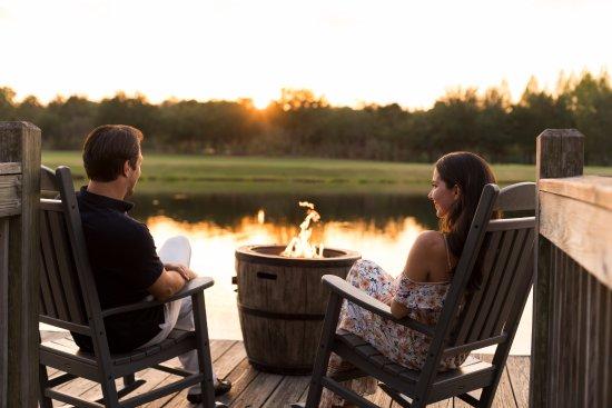 ริทซ์-คาร์ตันออร์แลนโด แกรนด์เลคส์: Lakeside Relaxation Area