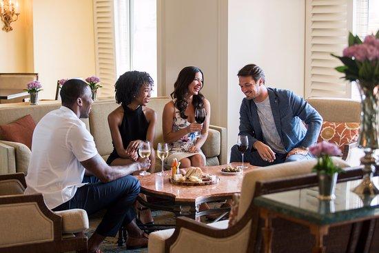 ริทซ์-คาร์ตันออร์แลนโด แกรนด์เลคส์: The Club Lounge at The Ritz-Carlton Orlando, Grande Lakes