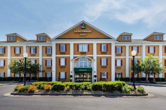 Quality Inn Alcoa: Exterior