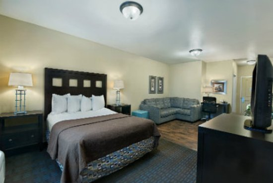 Oxford Suites Silverdale : Suite