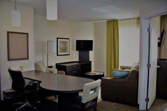 candlewood suites east syracuse carrier circle updated. Black Bedroom Furniture Sets. Home Design Ideas