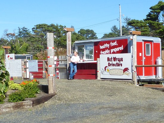 Seal Rock, OR: Food cart with healthy, yummy wraps and exotic sauces