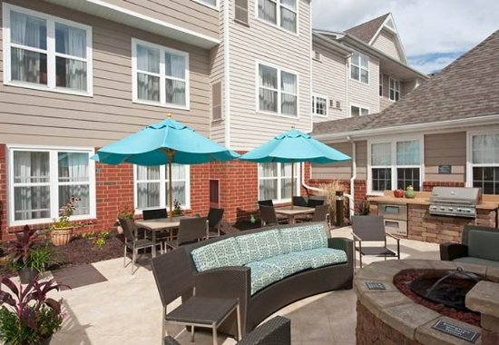 Grandville, MI: Outdoor Patio