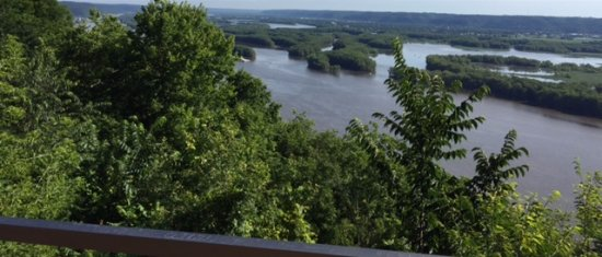 McGregor, IA: Mississippi River View