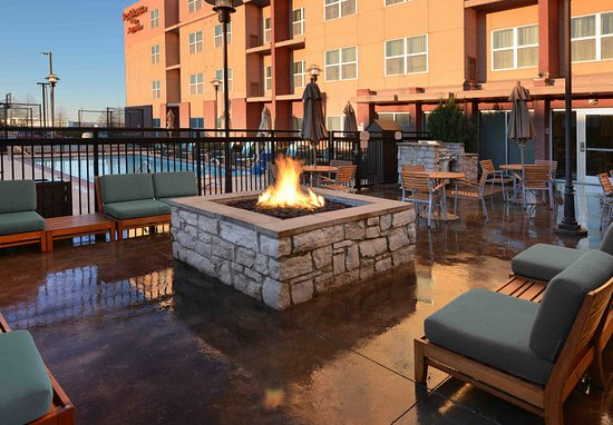 The Colony, TX: Fire Pit