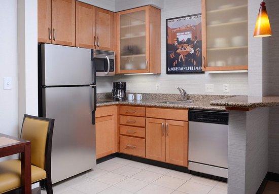 The Colony, TX: Studio Suite - Kitchen