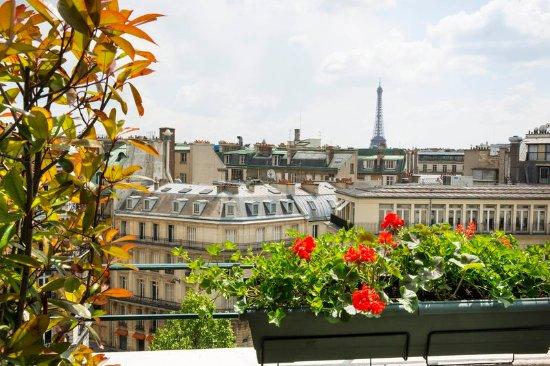 Hotel Napoléon Paris: Eiffel Tower
