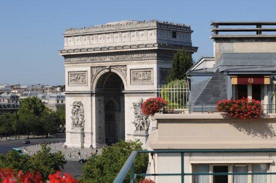 Hotel Napoleon Paris: Arc De Triomphe
