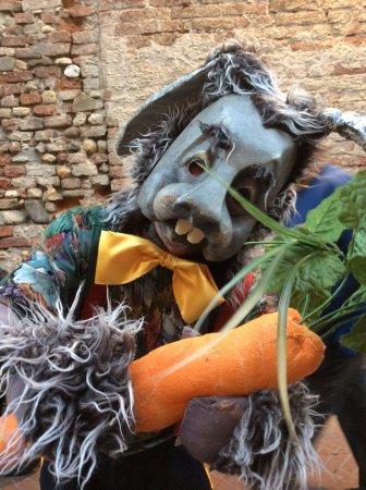 Certaldo, Italia: Personaggi di strada