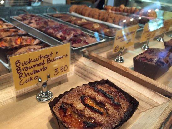 Cashmere, WA: Mini Rhubarb Cakes