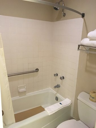 Santee, SC: Clean , comfortable room !