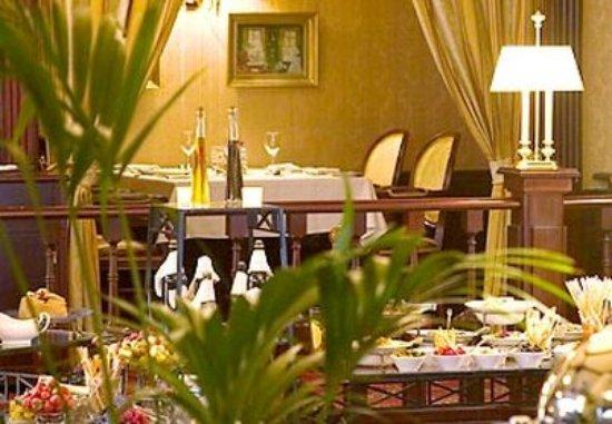 Moscow Marriott Grand Hotel: The Grand Alexander Restaurant
