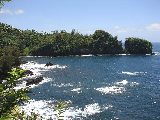 Papaikou, HI: Beautiful Onomea Bay
