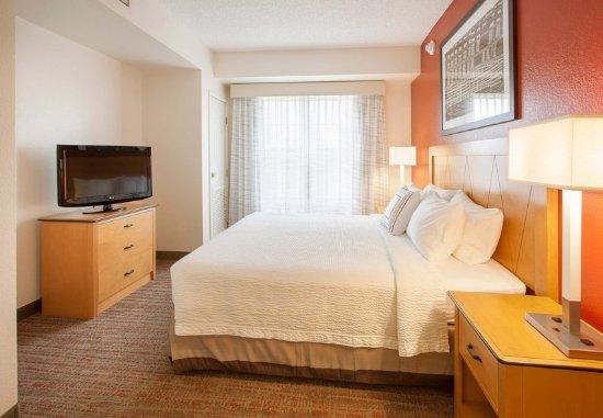 Goodyear, AZ: One-Bedroom Suite - Bedroom
