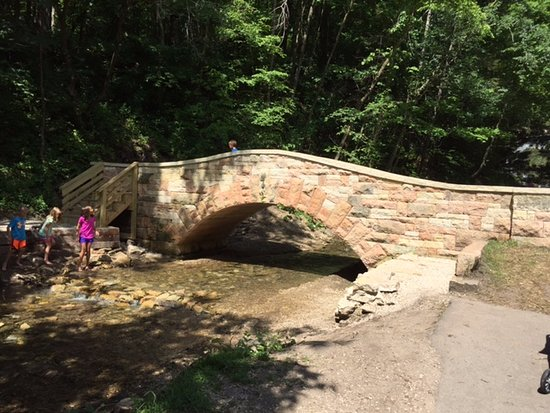 Decorah, IA: Beautiful new stone bridge.