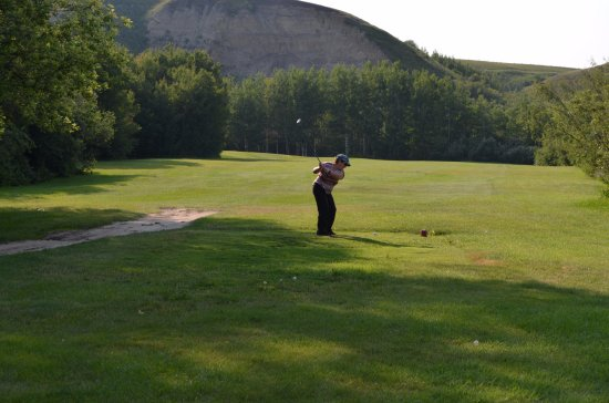 Rosebud, Kanada: teeing off on number 6