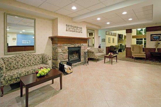 ไวต์ริเวอร์จังก์ชัน, เวอร์มอนต์: A comfortable spot to gather and plan your day or evening