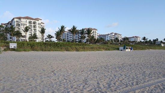 Marriott's Ocean Pointe : Wonderful Beach