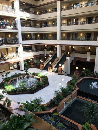 Embassy Suites by Hilton Lexington: photo0.jpg