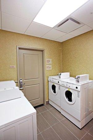 TownePlace Suites Sudbury : Laundry Facilities