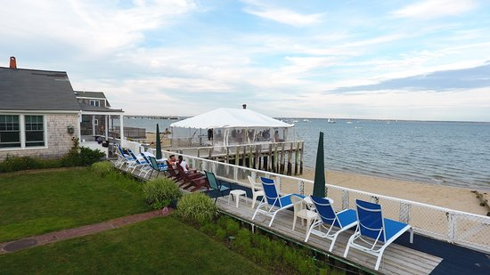 Masthead Resort: Tent for special occations / events! Right on the water!
