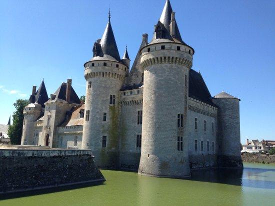 Barer og puber i Sully-sur-Loire