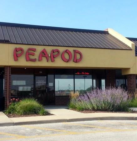 Elk Grove Village, IL: front of & entrance to Peapod