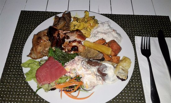 The Islander Restaurant: A little bit of everything and there was dessert to follow