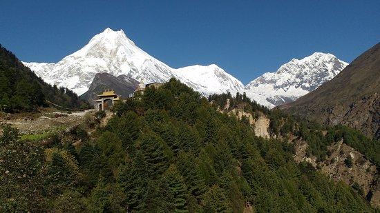 Kathmandu Valley, Νεπάλ: Manaslu as seen from Lho