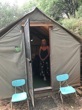 Midpines, CA: Vårt tält
