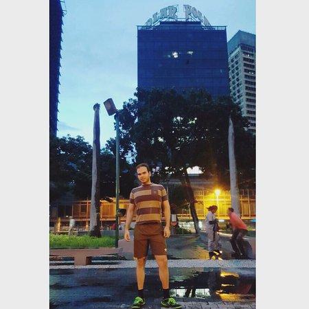 Plaza Venezuela: photo4.jpg