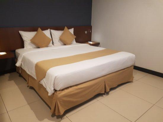 1477165243443 large jpg picture of hotel 88 embong malang rh tripadvisor com