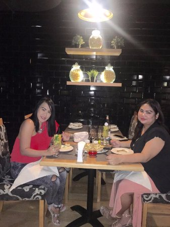 Al Wakra, Qatar: Dinner with my beautiful friend Irene!