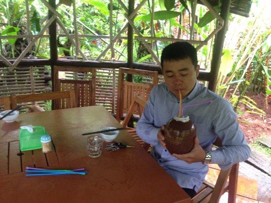 Pleiku, Vietnam: Rượu Cần Nhà Tôi - Hương vị còn mãi