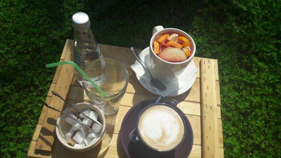 Iecava, Lettland: First coffee and grenadine tea in green area
