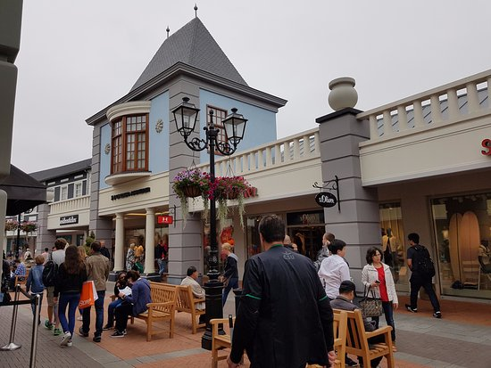 Designer Outlet Roermond: Under Armour