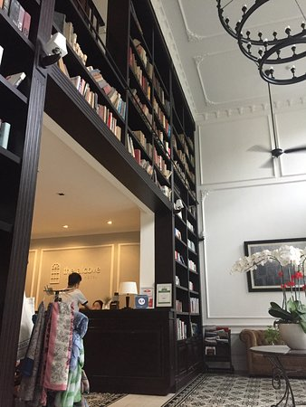 The Alcove Library Hotel: photo0.jpg