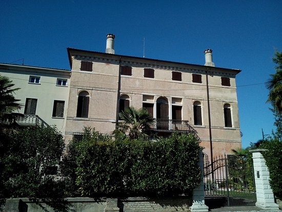 Pravisdomini, Włochy: Borgo Di Panigai
