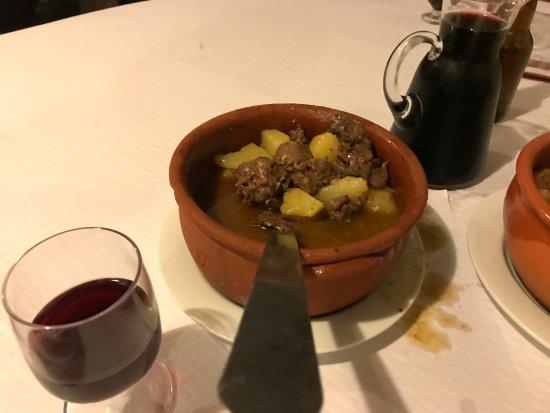Mourao, Portugal : El guiso de liebre