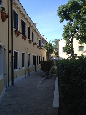 Alberghiera Venezia: Quiet surrounds separated from adjacent common
