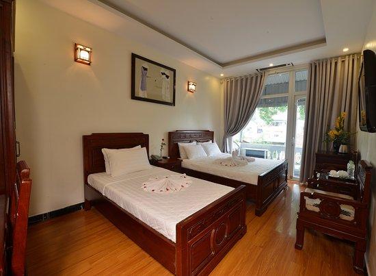 Hanoi Blue Sky Hotel Image