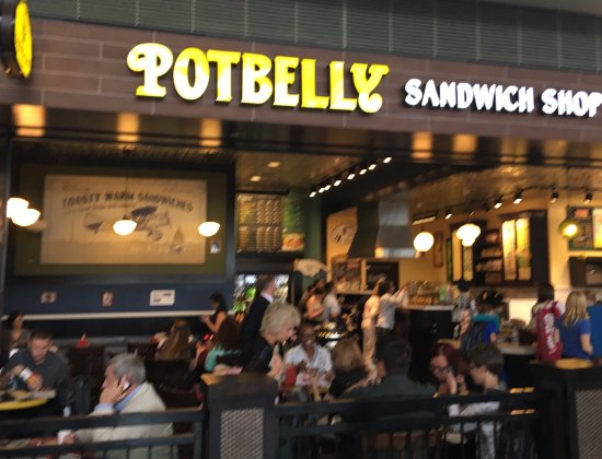Potbelly Sandwich Works: Frontage picture from the terminal walkway